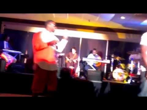 Kid Cos And Twiggins Performing I'm The Truth @ Showtime Friday Nights