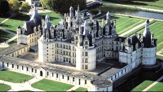 12 Most Amazing Chateaux in France