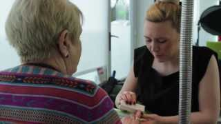 preview picture of video 'Blush Hair Nails & Beauty in Sandhurst - Expert Hair Stylists and Beauticians'