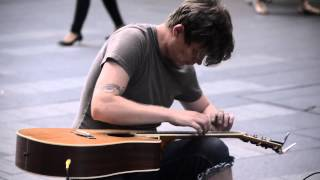 Amazing Acoustic Guitar Musician