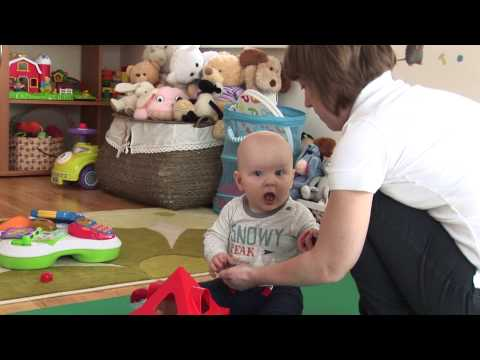 8 mėnesių kūdikio raida