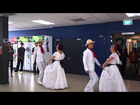 2013.09.26 - Traditional Mexican Music and Dancing from ACHAI