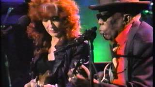 Bonnie Raitt, John Lee Hooker 'In The Mood' live from Santa Barbara 1994 concert performance