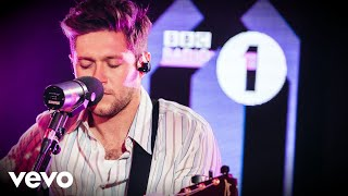 Niall Horan   Circles (Post Malone Cover) In The Live Lounge