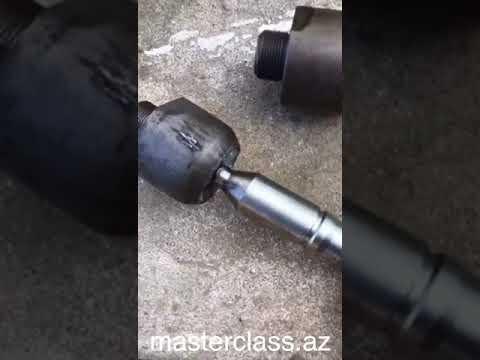 Wie den Mantel vom Benzin zu reinigen
