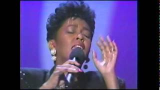 Anita Baker - Good Love (1990 AMAs)