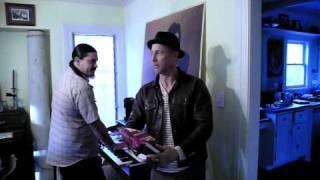 Jon Gries - mange des chips - 2010