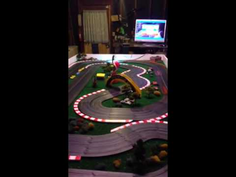 HO slot car track