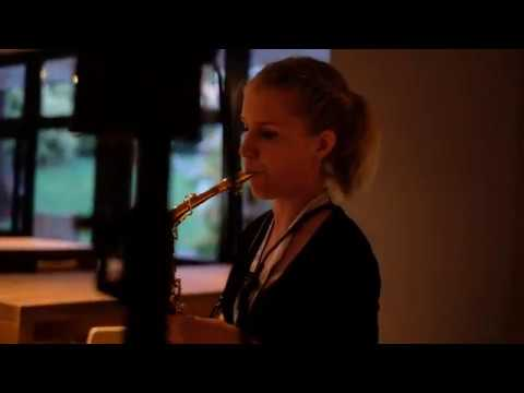Sara Saxophonist Sassofonista per eventi Torino Musiqua