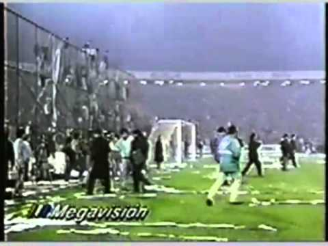 """Gol de Barticciotto a Boca, transmisión original MEGA"" Barra: Garra Blanca • Club: Colo-Colo"