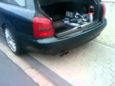 Wie das Fass aus unter des Benzins auszuwaschen