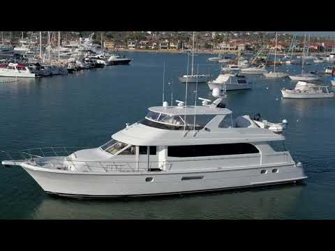 Hatteras Cockpit Motor Yachtvideo