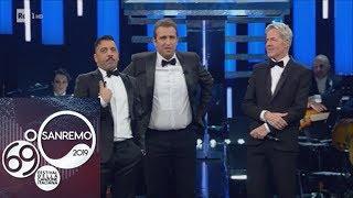 """Sanremo 2019   Pio E Amedeo """"irrompono"""" Sul Palco Dell'Ariston Ed è Subito Show"""
