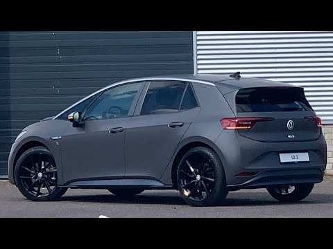 Volkswagen NEW ID3 First Plus Customized 2021 in 4K 20 inch 'Avus Black 'walk around & detail inside