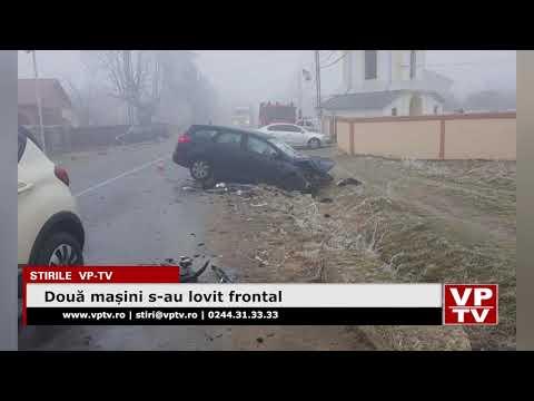 Două mașini s-au lovit frontal