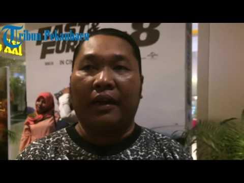 Antrean penonton fast and furious 8 mengular di bioskop di pekanbaru