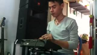 Drumm Trung Luyện Ngón Trên Drum điện Roland R5