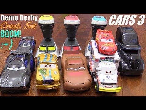 DISNEY CARS 3 Playsets! Lightning McQueen Versus Jackson Storm 2.0 Racing! Demolition Derby Playset