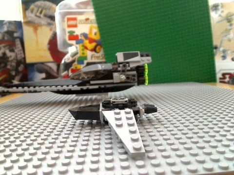 Vidéo LEGO Star Wars 7915 : Imperial V-wing Starfighter