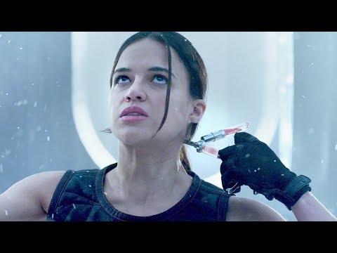 女子注入超級寄生蟲,身體瞬間擁有再生能力,連子彈都打不死!