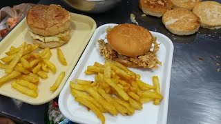 Zinger Burger and Chicken Burger Street Food Of Lahore (Pakistan)