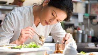 高分美食电影,女大厨做菜巨美味,她秘制的番红花酱汁,没人能做得出来