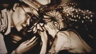 Смотреть онлайн Ксения Симонова, рисование песком