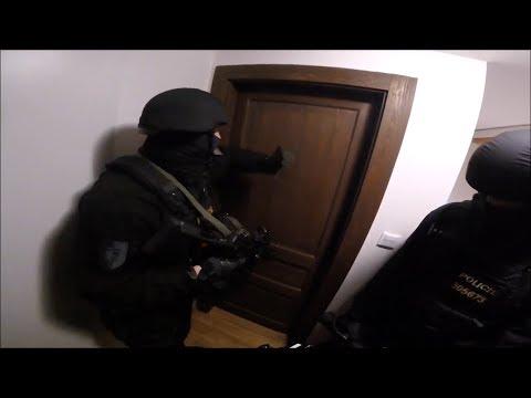 Zadržení Alžířanú v Praze