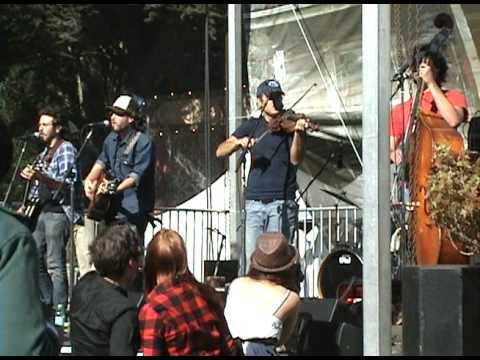 "The Brothers Comatose ""Dead Flowers"" -LIVE- Hardly Strictly Bluegrass Festival 2009."