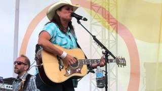 "Terri Clark ""No Fear"" Live, CMAFest 2014"