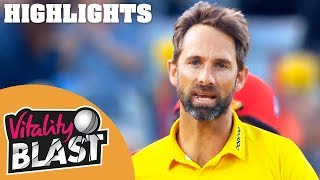 Spectacular Bowling From Birmingham | Bears v Lancashire | Vitality Blast 2018 - Highlights