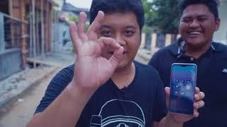 Gambar cover SMARTPHONE BARU! - Vlog Review Huawei P20 Pro Yang Faedahnya Sedikit - TAG VLOG