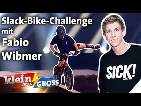 Mit Bike auf Slackline balancieren: Trial-Profi Fabio Wibmer vs. Victor (10) | Klein gegen Groß