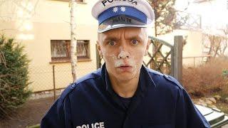 TYPOWY DRES ZOSTAJE POLICJANTEM