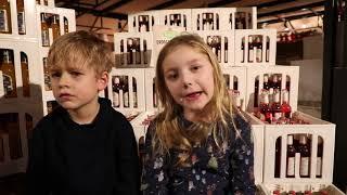 Video Karls stellt das neue Marmeladen-Land vor