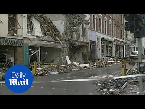 Archives show aftermath of IRA's Omagh car bomb in 1998 - Daily Mail