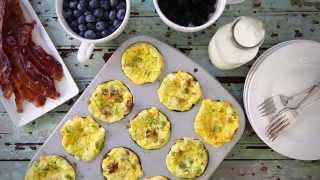 baking scrambled eggs in a muffin tin