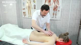 Profilaktyczny masaż pleców w wykonaniu dr Ryszarda Pawelca