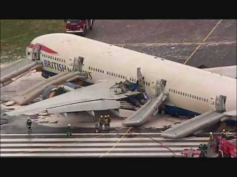 Incredible audio from the ground tower at Heathrow as a plane crashes with 150 people on board in 2008
