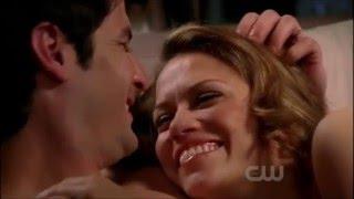 Naley Forehead Kisses