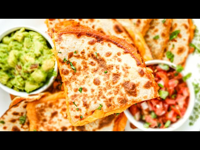 EASY Keto Quesadillas FROM SCRATCH IN 15 MINUTES | Easy Low Carb Keto Lunch Recipes