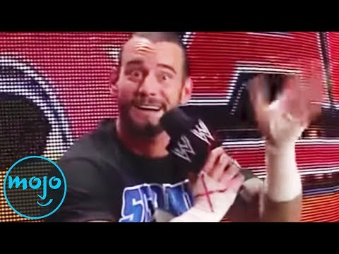 Top 10 Greatest Unscripted Moments In WWE