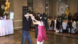 Baile Sorpresa de Haide Moviendo las Caderas Oro Solido.avi