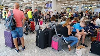 video: Thomas Cook collapse:  Chaos at airports as fleet scrambled to bring 150,000 stranded UK holidaymakers home — latest news