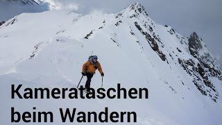 Kamera im Rucksack beim Wandern und Bergsteigen transportieren