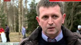 Ассоциация пресс-служб провела субботник по уборке воинского захоронения в Новоселицах