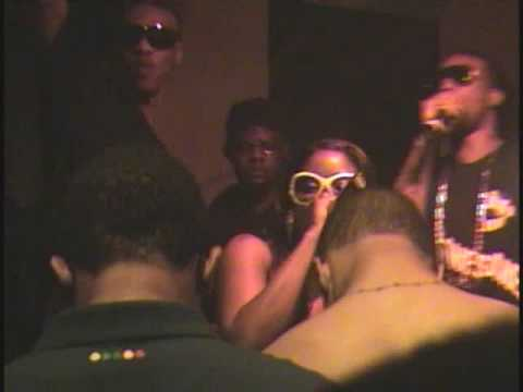 FIYAH ROCKING ROC DA MIC VA IN FRONT of (Rocafella Records,SoSo Def, Motown and OZONE MAGAZINE)