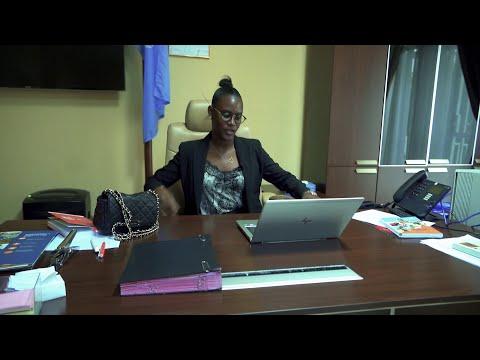 Ophélie Diwampovesa Makelele joue le rôle de Représentant Résident de UNFPA