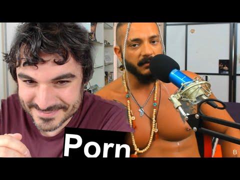 Video di sesso in un locale notturno