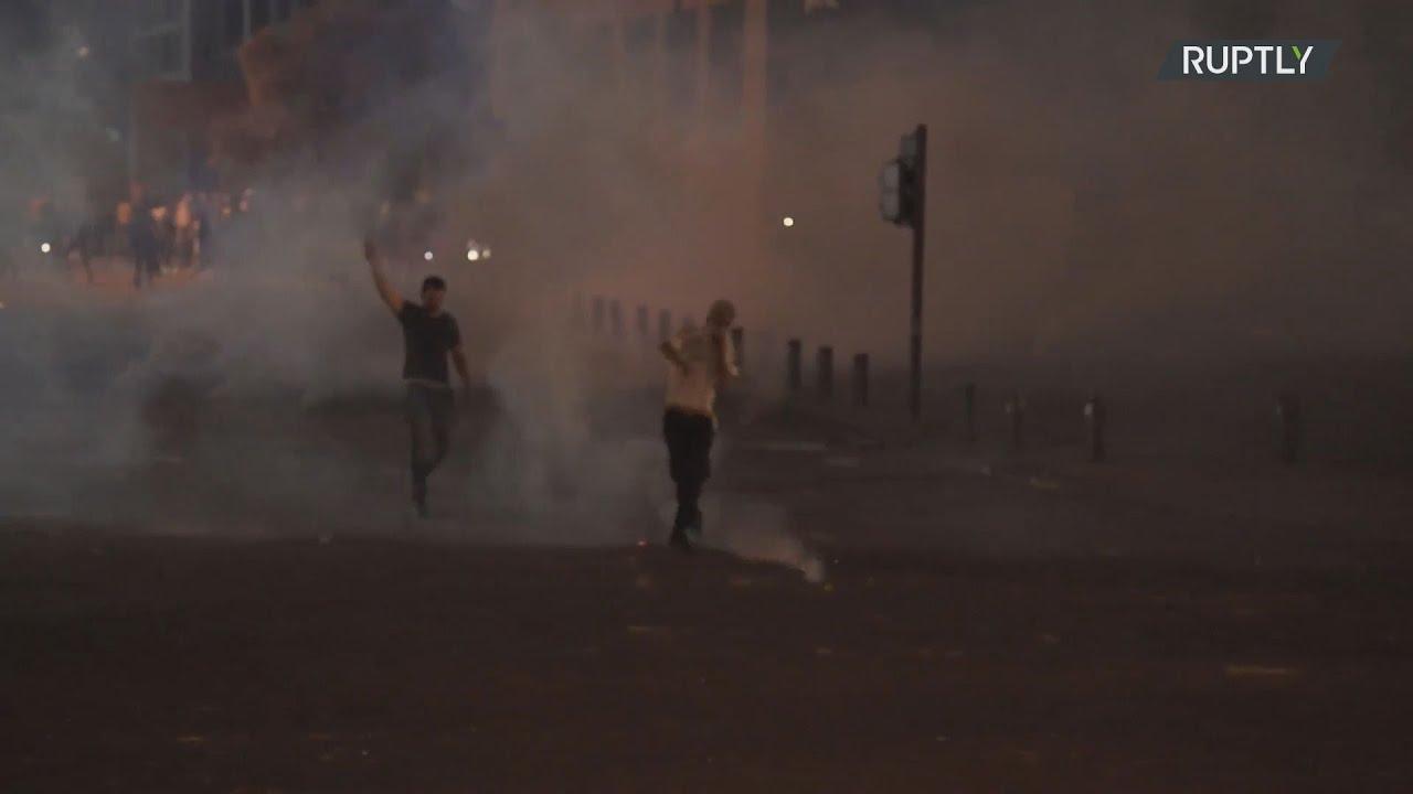 Λίβανος: Δακρυγόνα εναντίον αντικυβερνητικών διαδηλωτών στη Βηρυτό